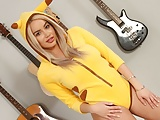 Solo blonde honey, Victoria June is about to cum, in 4K