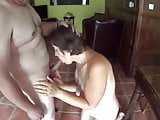 Suzisoumise gives an ehibition in cock sucking excellence