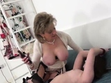 Unfaithful uk mature lady sonia shows her massive boo35PSc