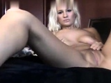 Want to see a sexy blonde babe masturbate