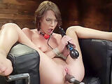 Slim brunette ides machine and sybian
