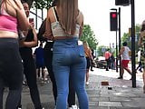Classic Candid Ass: UK Teen in Jeans!