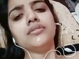 Desi beautiful girl video call fucking hard