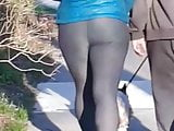 Super phat booty in spandex